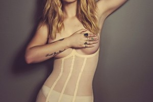 Iggy Azalea Topless Photoshoot for Schön Magazine #1