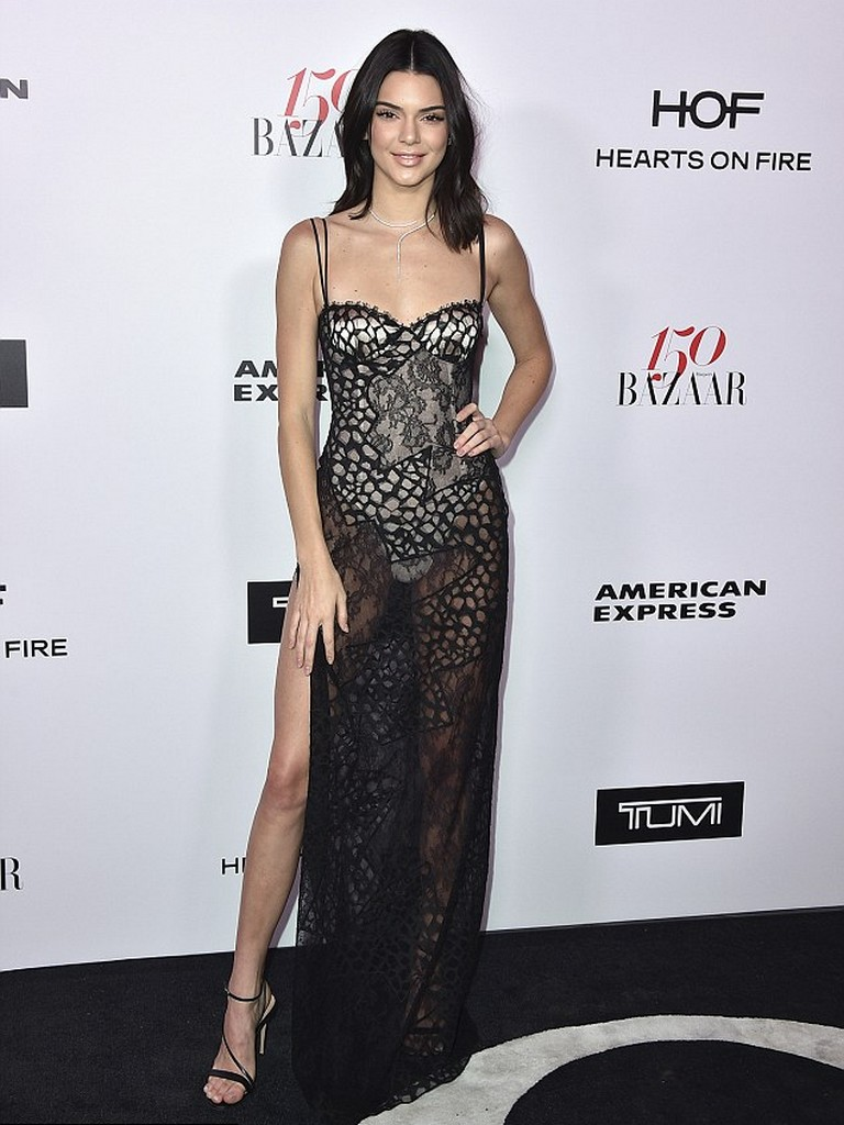 Kendall Jenner 4 Kendall Jenner Dirtiest Wardrobe Malfunction at Harpers Bazaar event (8 Pics)
