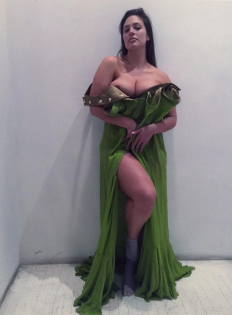 Ashley Graham 1 Ashley Graham Nip Slip at V Magazine Photoshoot (5 Pics)