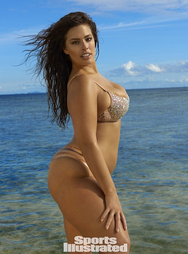 Ashley Graham 7 Plus Size Model Ashley Graham Stuns on Sports Illustrated Swimsuit