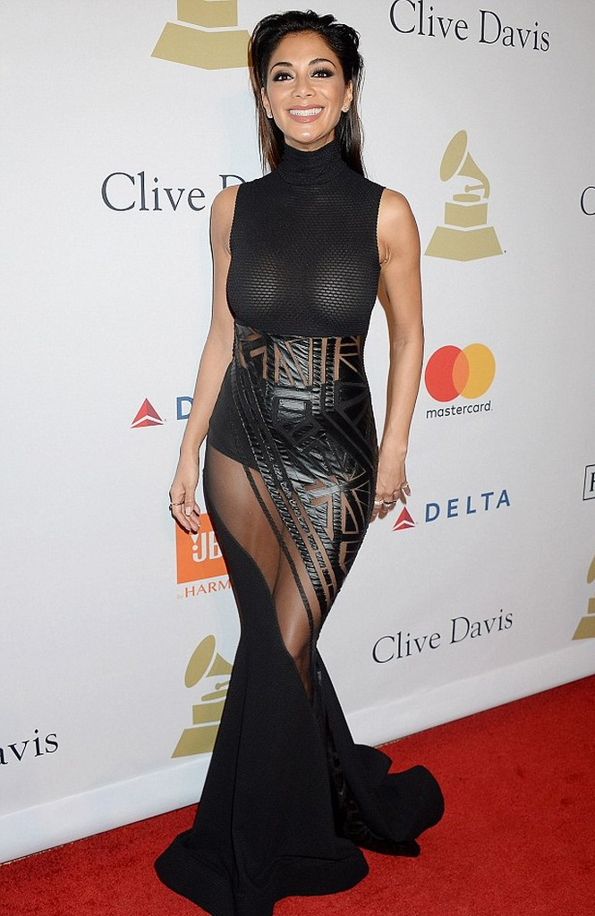 Nicole Scherzinger Nicole Scherzinger Big Nipple Visible In Her Eye popping Dress