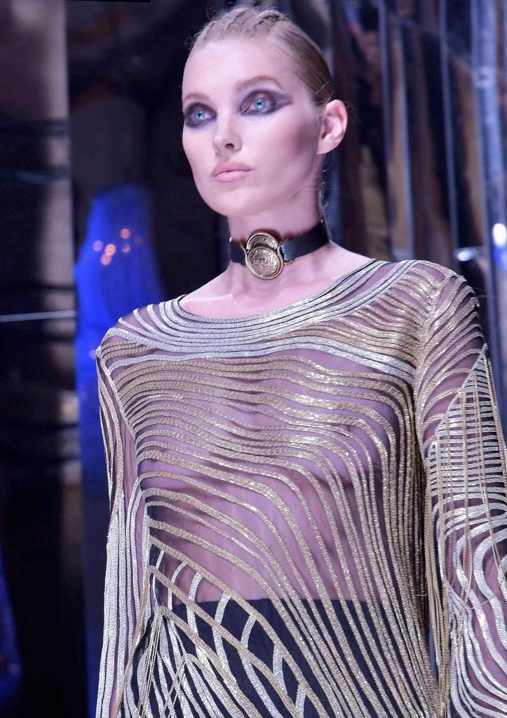 Elsa Hosk Balmain 2017 Wardrobe Malfunction   Elsa Hosk Reveals To Much (7 Pics)