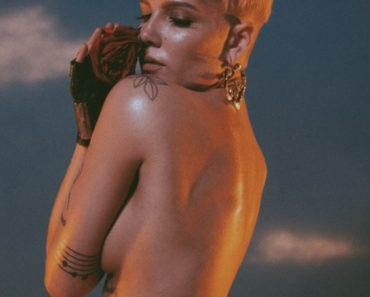 Halsey Topless - Hopeless Fountain Kingdom