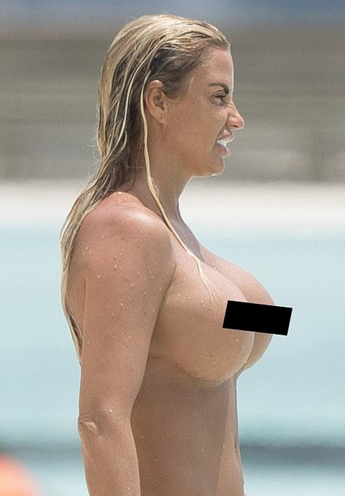 Katie Price topless photo  Katie Price Topless Beach Pictures (8 Pics)