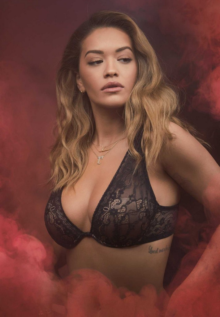 Rita Ora Rita Ora Hot For Tezenis 2017 New Bra Collection (7 Pics)