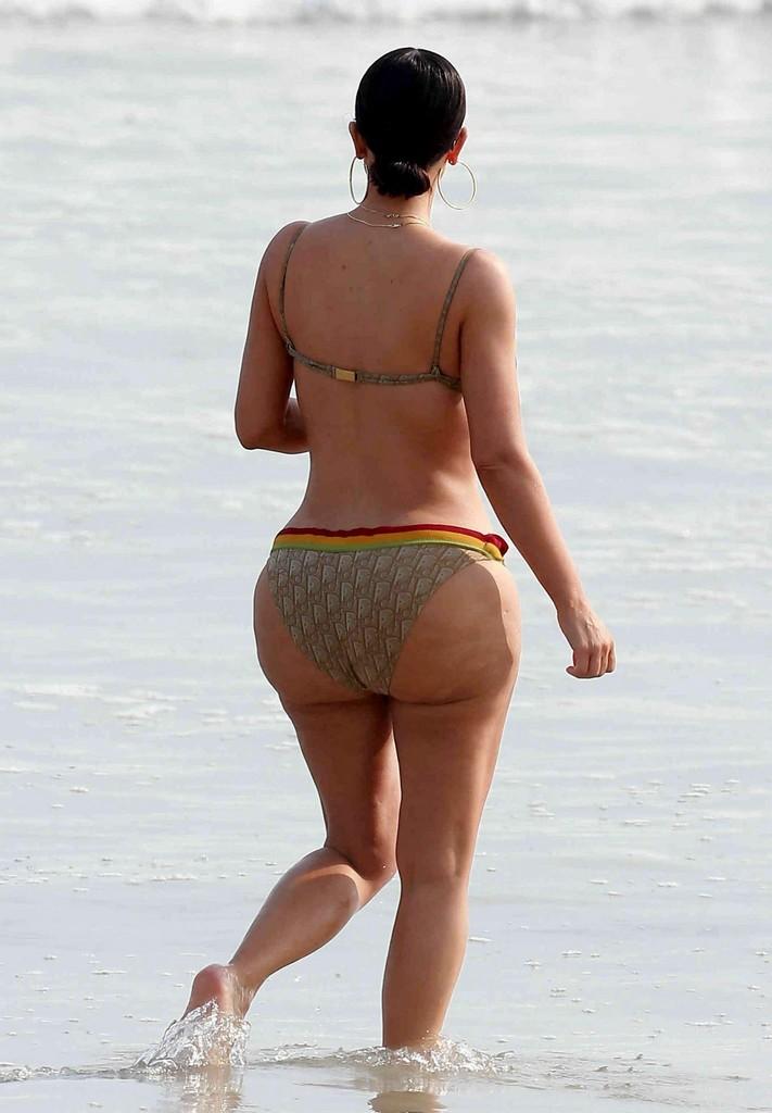 Kim Kardashian Bikini Butt Kim Kardashian Hot Bikini Butt In Mexico (9 Pics)