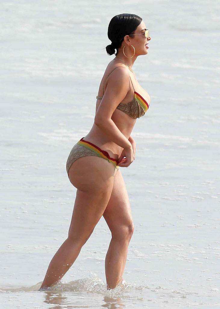 Kim Kardashian Hot Bikini Kim Kardashian Hot Bikini Butt In Mexico (9 Pics)