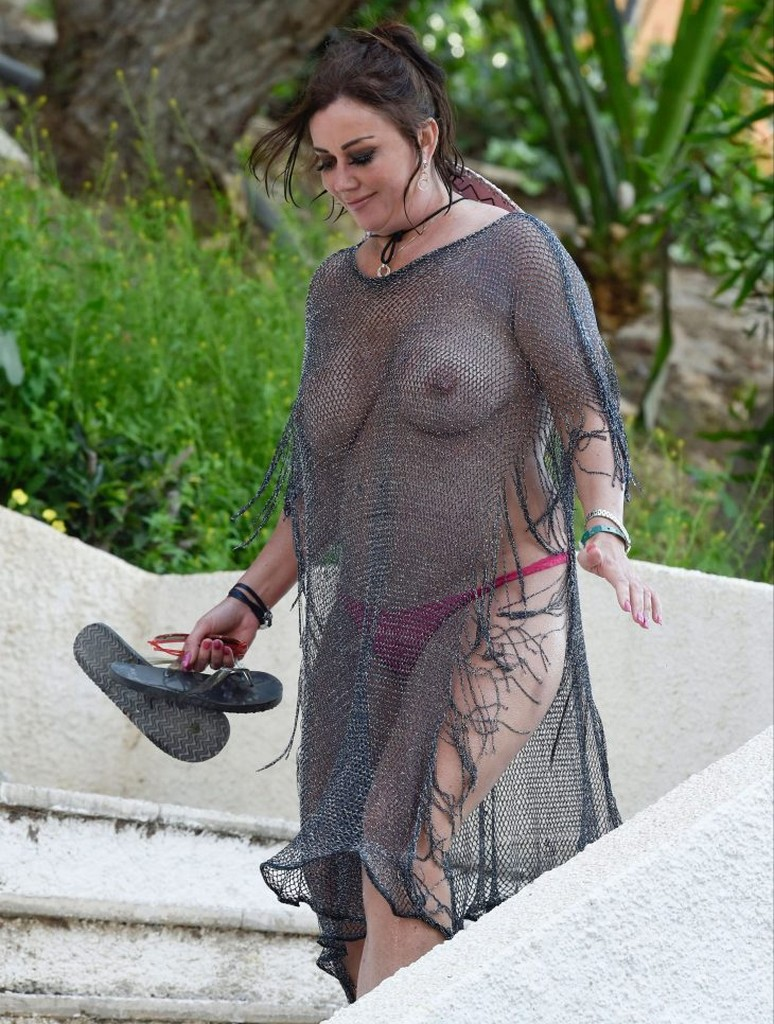 Lisa Appleton See Through Braless Lisa Appleton Goes Braless Showing Off Boobs In See Through Top (14 Pics)
