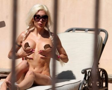 Frenchy Morgan Nude