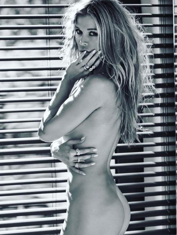 Joanna Krupa Topless Nude Joanna Krupa Topless Nude Photos (3 Pics)