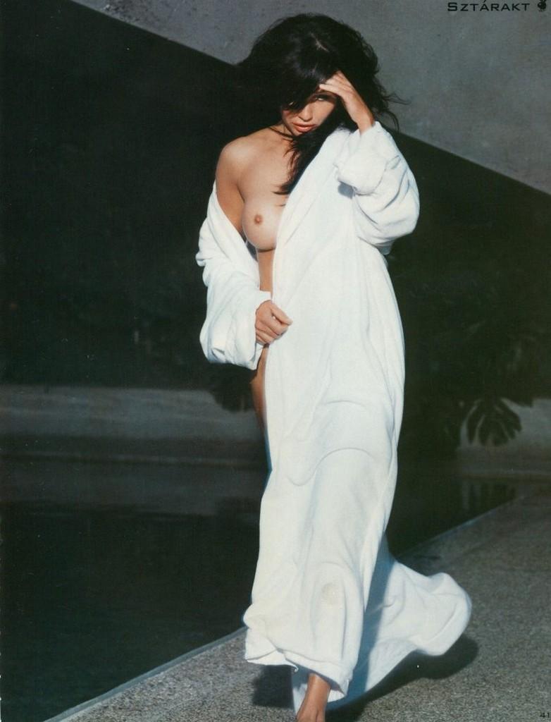 Shannen Doherty nude pic Shannen Doherty Nude Photos (8 Photos)