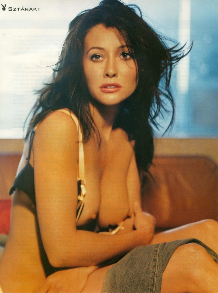 Shannen Doherty topless photo Shannen Doherty Nude Photos (8 Photos)
