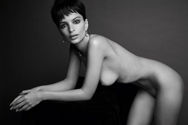 Emily Ratajkowski Nude Emily Ratajkowski Uncensored Naked Pictures (3 Photos)