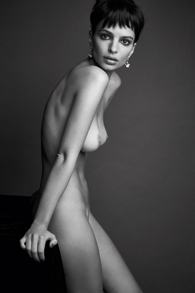 Emily Ratajkowski Uncensored Naked Picture Emily Ratajkowski Uncensored Naked Pictures (3 Photos)