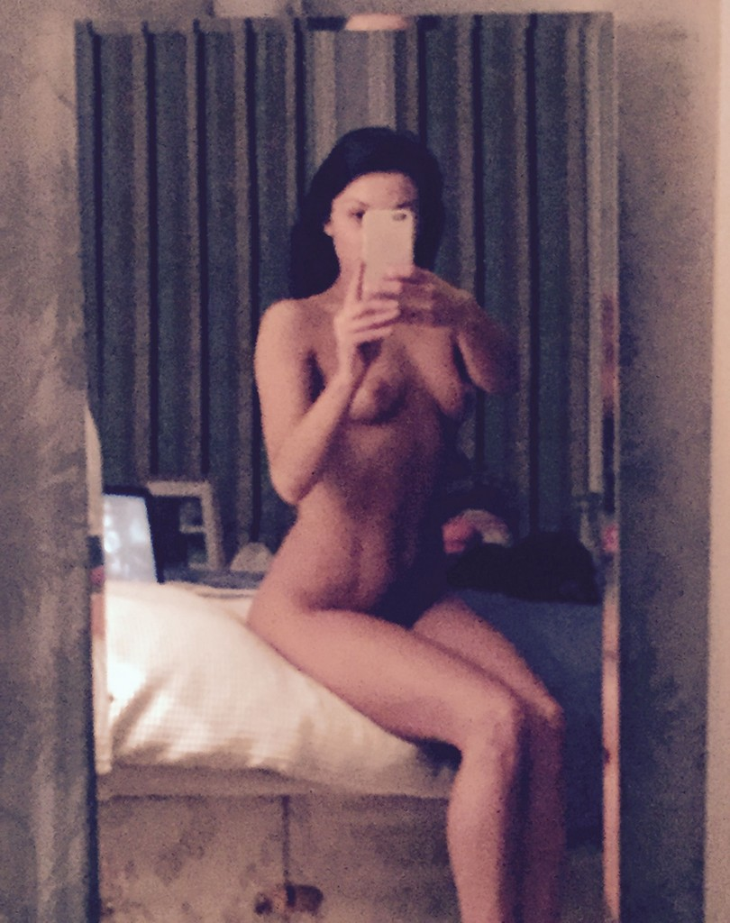 Faye Brookes Leak Nude Faye Brookes Nude Pictures Leak Online (11 Photos)