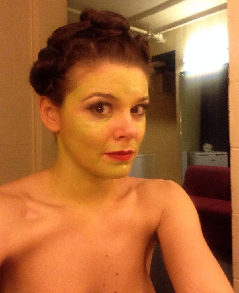 Faye Brookes Leak Faye Brookes Nude Pictures Leak Online (11 Photos)
