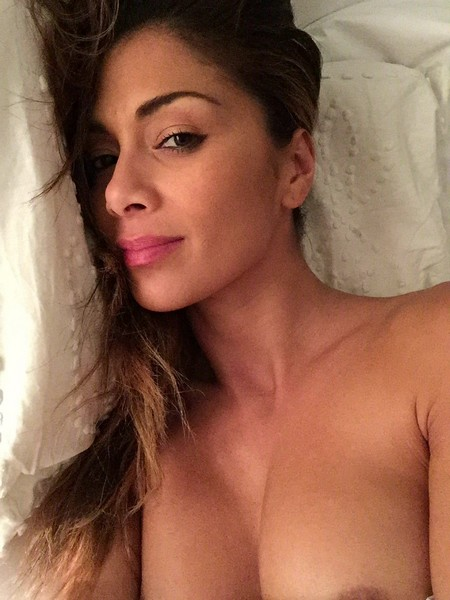 Nicole Scherzinger Leaked Private Photos Nicole Scherzinger Private Photos Leaked (4 Photos)
