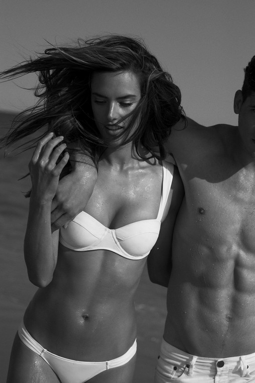 Alessandra Ambrosio latest photoshoot 8 Alessandra Ambrosio Nude Photoshoot (11 Photos)