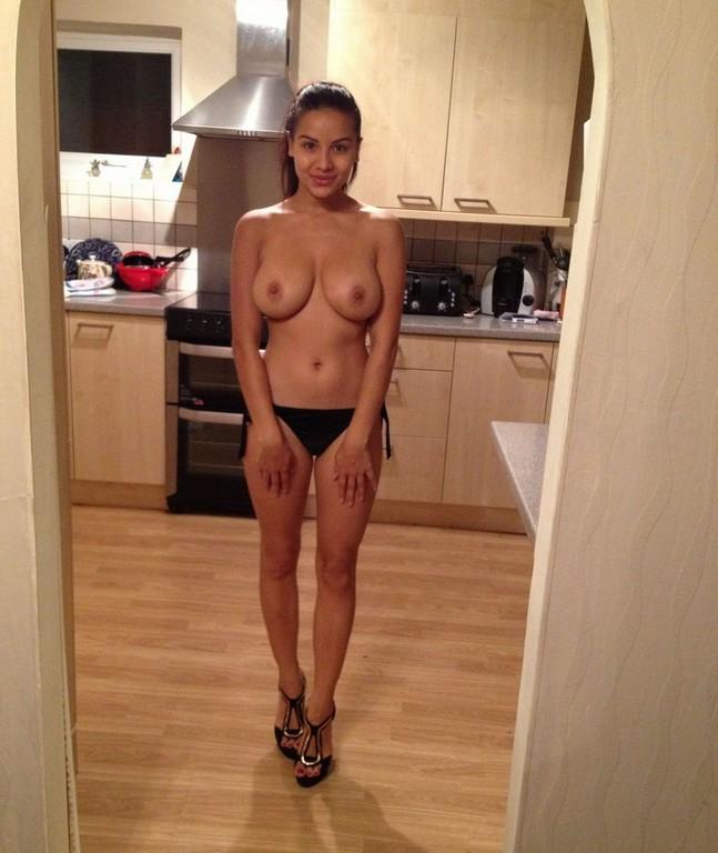Lacey Banghard Nude Lacey Banghard Nude Leaked (7 Photos)