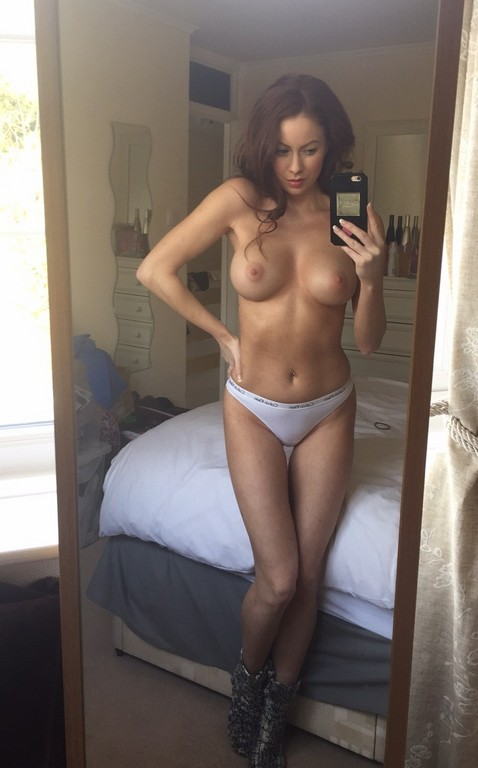 Laura Carter Nude Photos Leaked 3 Laura Carter Nude Photos Leaked (15 Photos)