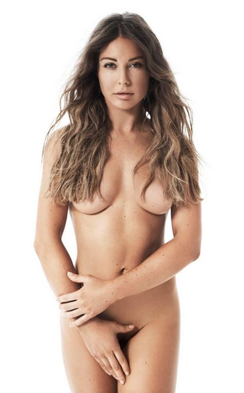 Louise Thompson Naked Photoshoot 1 Louise Thompson Naked Photoshoot (5 Photos)